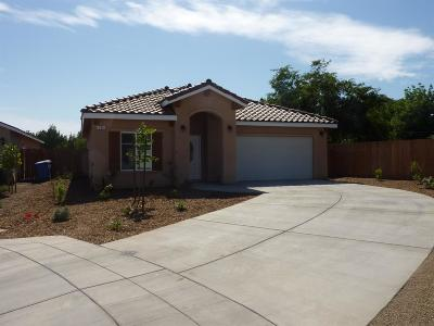 Madera Single Family Home For Sale: 705 Riverside Court