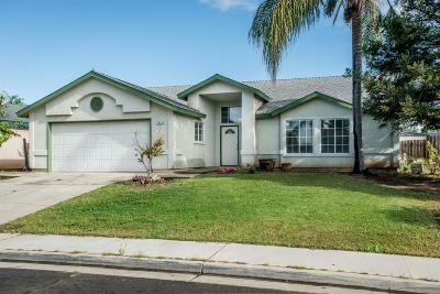 Dinuba Single Family Home For Sale: 1833 E Gerald Avenue