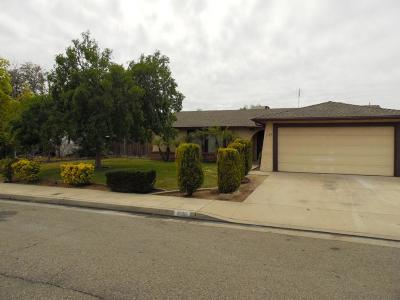 Clovis Single Family Home For Sale: 3136 Terry