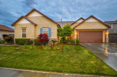 Clovis Single Family Home For Sale: 3240 Buckingham Avenue