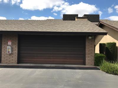 Fresno Condo/Townhouse For Sale: 4975 E Butler Avenue #115