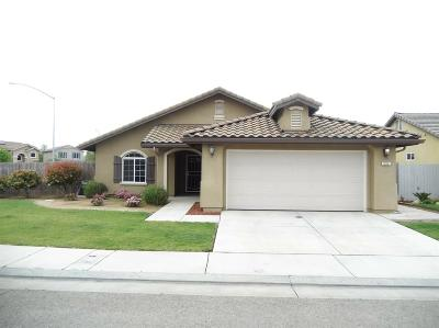 Dinuba Single Family Home For Sale: 952 Jasmine Avenue