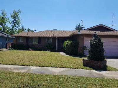 Single Family Home For Sale: 4476 E Robinson Avenue