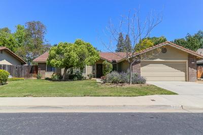 Clovis Single Family Home For Sale: 2277 Sample Avenue