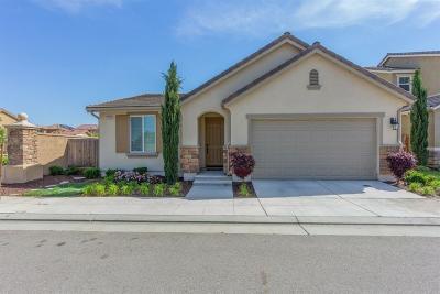Fresno Condo/Townhouse For Sale: 2055 E Makenna Drive