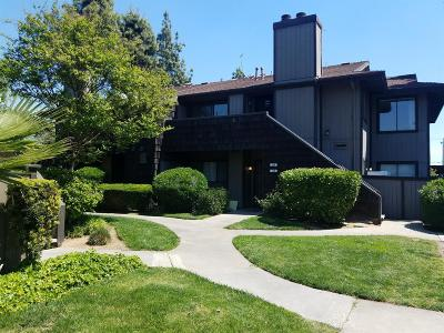 Fresno Condo/Townhouse For Sale: 4860 E Lane Avenue #229