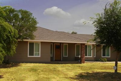Madera Single Family Home For Sale: 17701 Brook Drive E