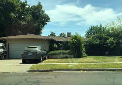 Fresno Single Family Home For Sale: 2914 E Holland Avenue