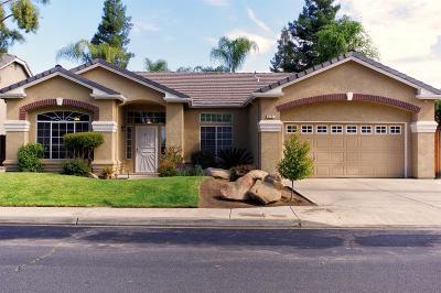 Clovis Single Family Home For Sale: 2451 Poe Avenue