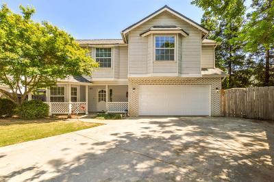 Fresno CA Single Family Home For Sale: $359,000