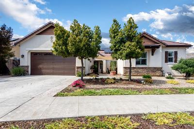 Clovis Single Family Home For Sale: 3253 Bellaire Avenue