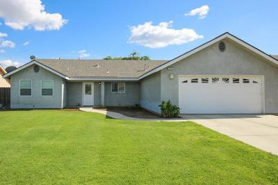 Dinuba Single Family Home For Sale: 1878 E Lauren Avenue