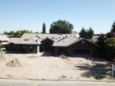 Visalia Single Family Home For Sale: 4727 W Crystal Court