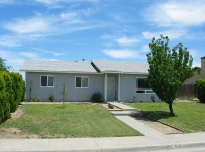 Coalinga Single Family Home For Sale: 845 S Monterey Avenue
