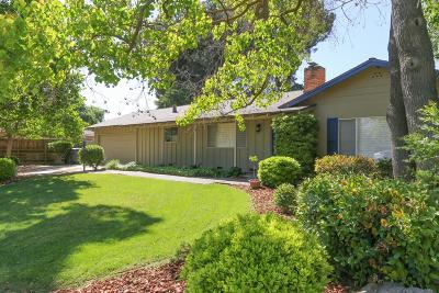 Kerman Single Family Home For Sale: 15453 W B Street