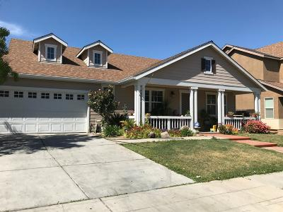 Reedley Single Family Home For Sale: 474 E Cambridge Drive