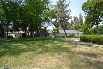 Fresno Single Family Home For Sale: 5711 N Van Ness Boulevard