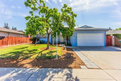 Clovis Single Family Home For Sale: 2877 Bush Avenue