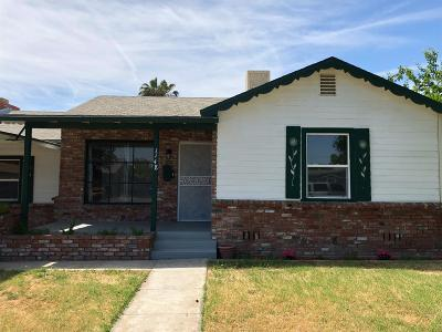 Single Family Home For Sale: 1148 Tulare Street