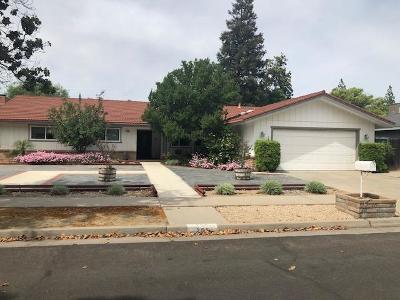 Fresno Single Family Home For Sale: 258 W Tenaya Way