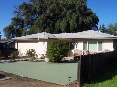 Clovis Single Family Home For Sale: 22 Dewitt Avenue