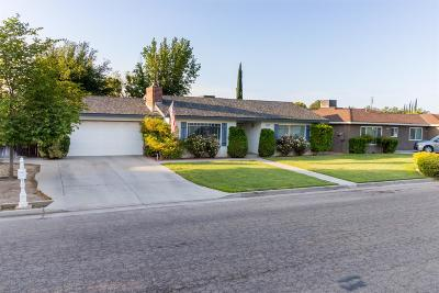 Madera Single Family Home For Sale: 2813 Willow Drive