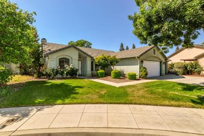 Clovis Single Family Home For Sale: 2211 Magill Avenue
