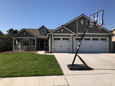 Sanger Single Family Home For Sale: 2719 Tamarack Avenue