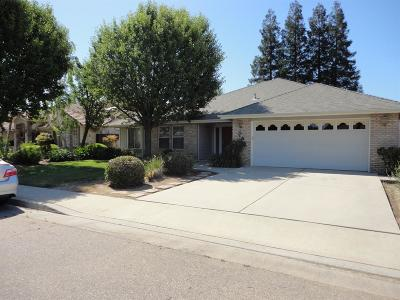 Kingsburg CA Single Family Home For Sale: $329,900