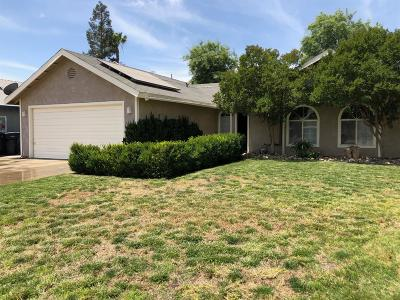 Selma CA Single Family Home For Sale: $199,999