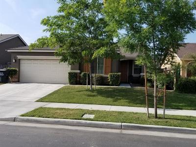 Visalia Single Family Home For Sale: 3835 E Evergreen Avenue