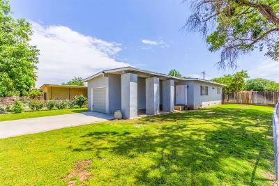 Fresno CA Single Family Home For Sale: $115,000