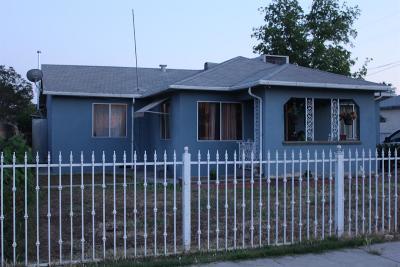 Fresno CA Single Family Home For Sale: $169,500