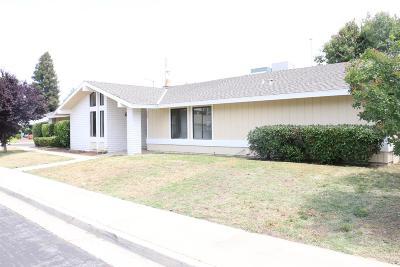 Clovis Single Family Home For Sale: 207 Burgan Avenue