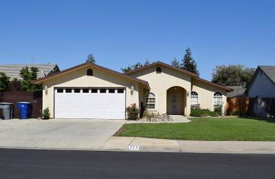 Clovis Single Family Home For Sale: 223 Caesar Avenue