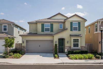 Clovis Single Family Home For Sale: 3544 Richmond Avenue