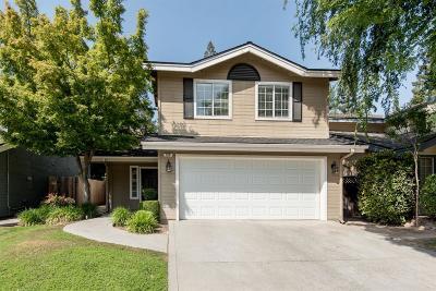 Fresno Condo/Townhouse For Sale: 828 E Mockingbird Lane