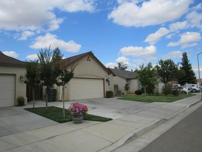 Madera Single Family Home For Sale: 2689 Peanut Drive