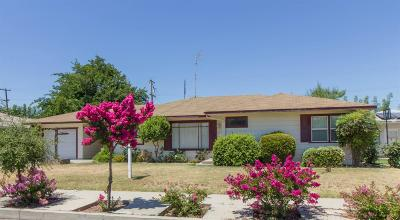 Dinuba Single Family Home For Sale: 457 N Perry Avenue