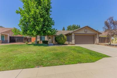 Clovis Single Family Home For Sale: 2665 Beverly Avenue
