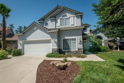 Clovis, Fresno Single Family Home For Sale: 882 Filbert Avenue