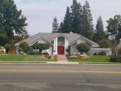 Clovis Single Family Home For Sale: 1091 N Armstrong (Not Busy) Avenue
