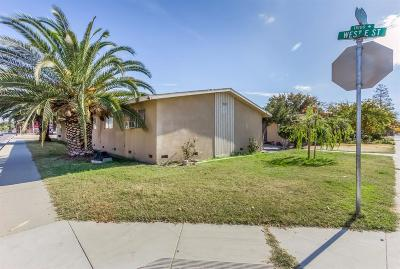 Kerman Multi Family Home For Sale: 702 S 4th Street