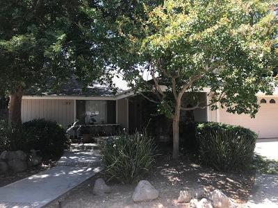 Clovis Single Family Home For Sale: 304 Ezie Avenue