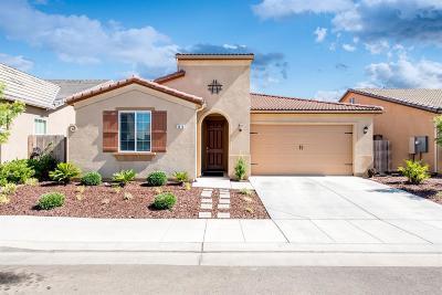 Clovis Single Family Home For Sale: 3476 Saginaw Way