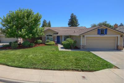 Clovis Single Family Home For Sale: 2856 Dennis Avenue