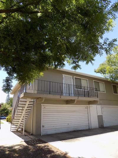 Fresno Condo/Townhouse For Sale: 2730 W Fairmont Avenue #204