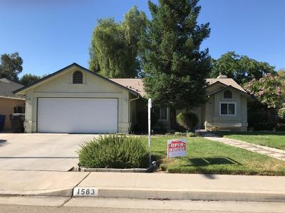 Reedley Single Family Home For Sale: 1583 W Henley Creek Road