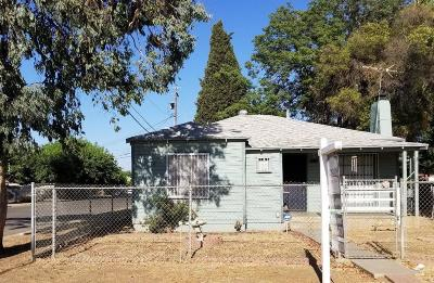 Fresno CA Single Family Home For Sale: $125,000