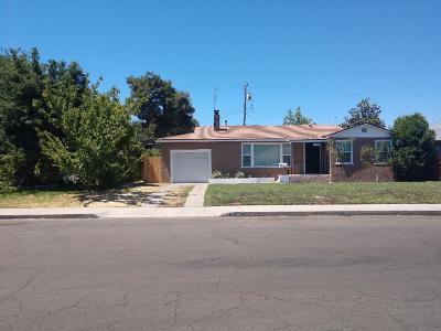 Fresno CA Single Family Home For Sale: $169,000